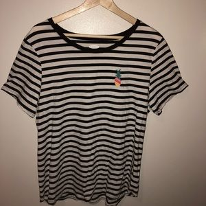 Old navy black & white striped tee with pineapple
